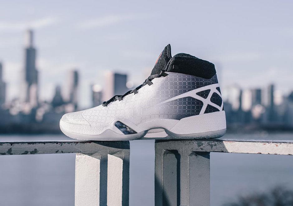 Air-Jordan-XXX-811006-101-03