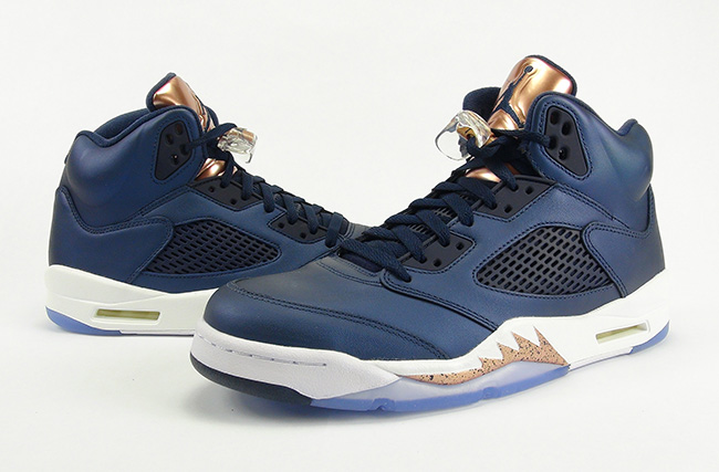 air-jordan-5-bronze-tongue-medal-metallic-review-2016