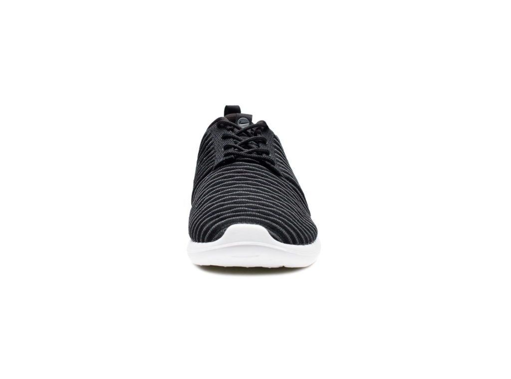 foootwear_roshe_two-flyknit_844833-001.view_2