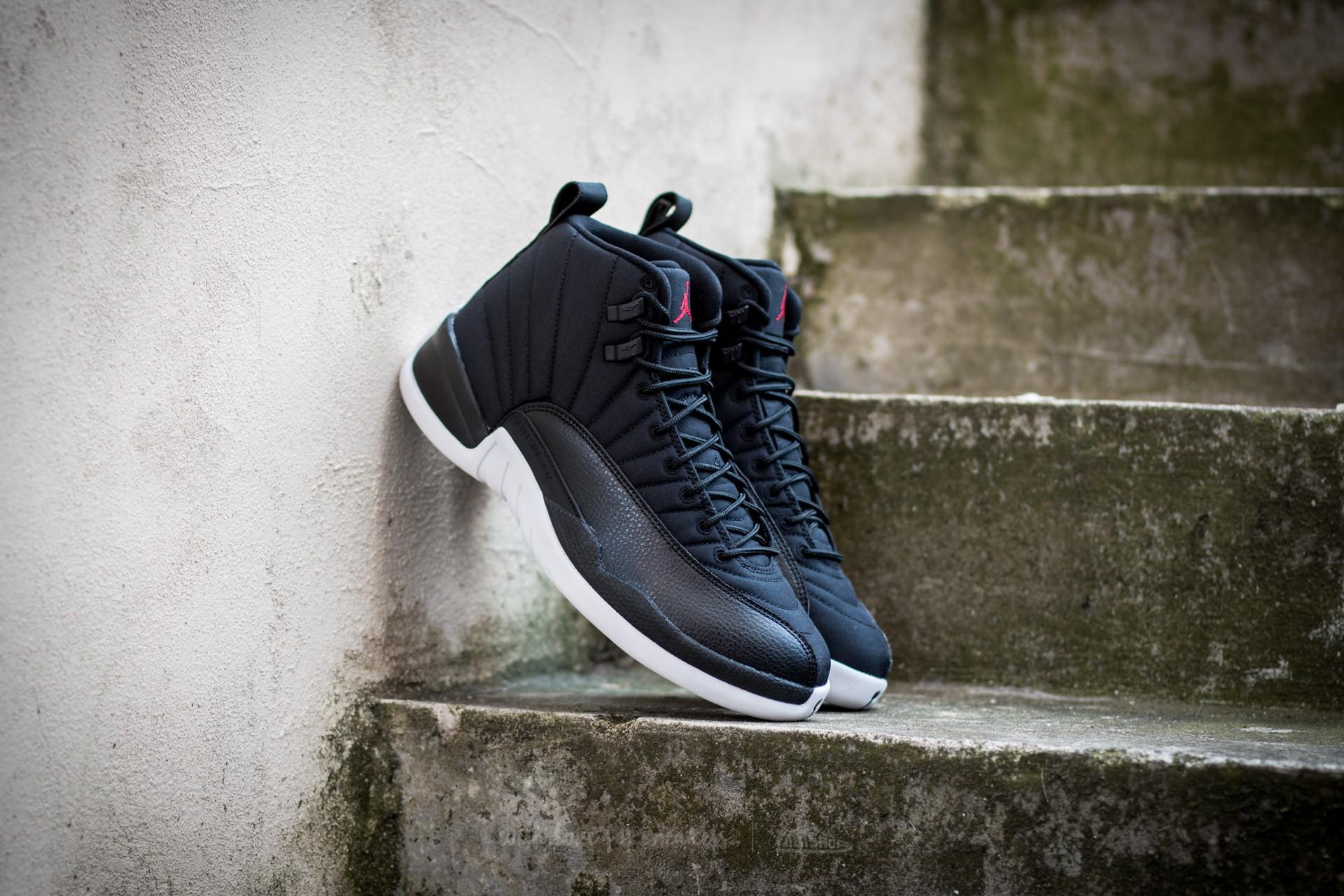 eb0158b9414 Nové tenisky Air Jordan 12 Retro v černo bílé