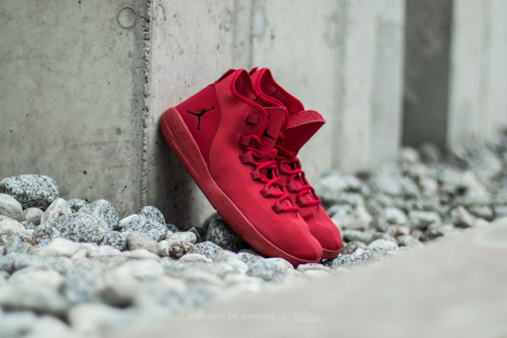 jordan-reveal-gym-red-black-infrared-23