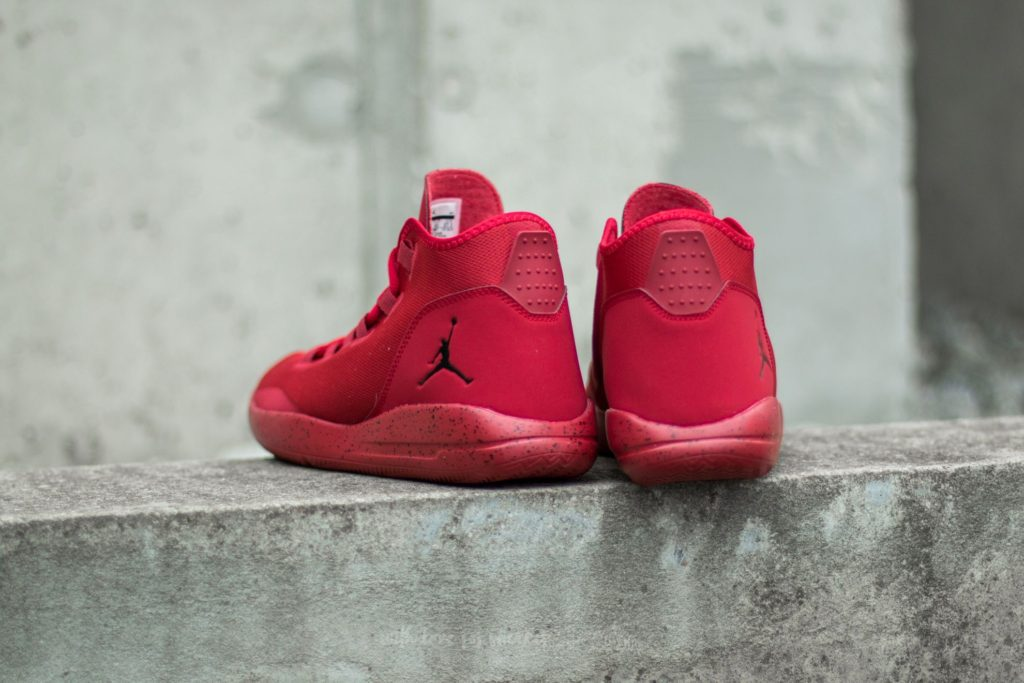 jordan-reveal-gym-red-black-infrared-231