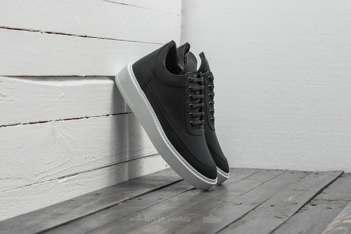 7944f10273fc7 Luxusní pánské sneakers Filling Pieces Low Top Dress Cup ...