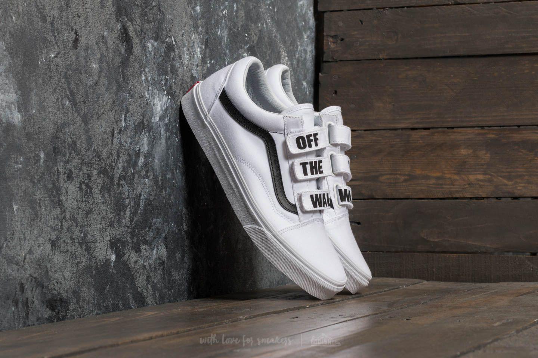 83dee6a350c Suchý zip a elegatní bílá colorway. To jsou tenisky Vans Old Skool V ...