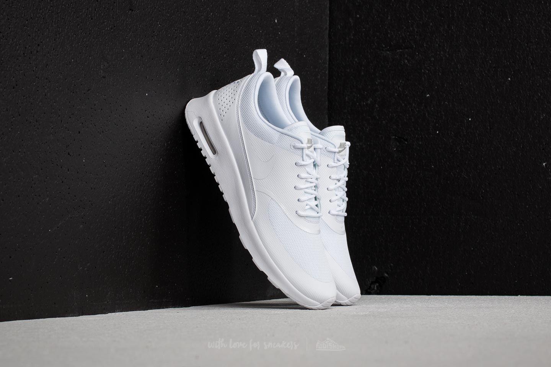 ba323f6463 Pohodlné dámské tenisky na léto  Jsou tu Nike Wmns Air Max Thea ...